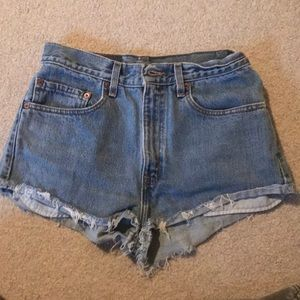 High Waisted Levi shorts